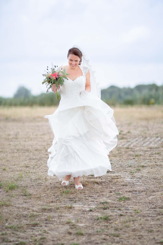 Romantische bruidsreportage theetuin Noordwolde