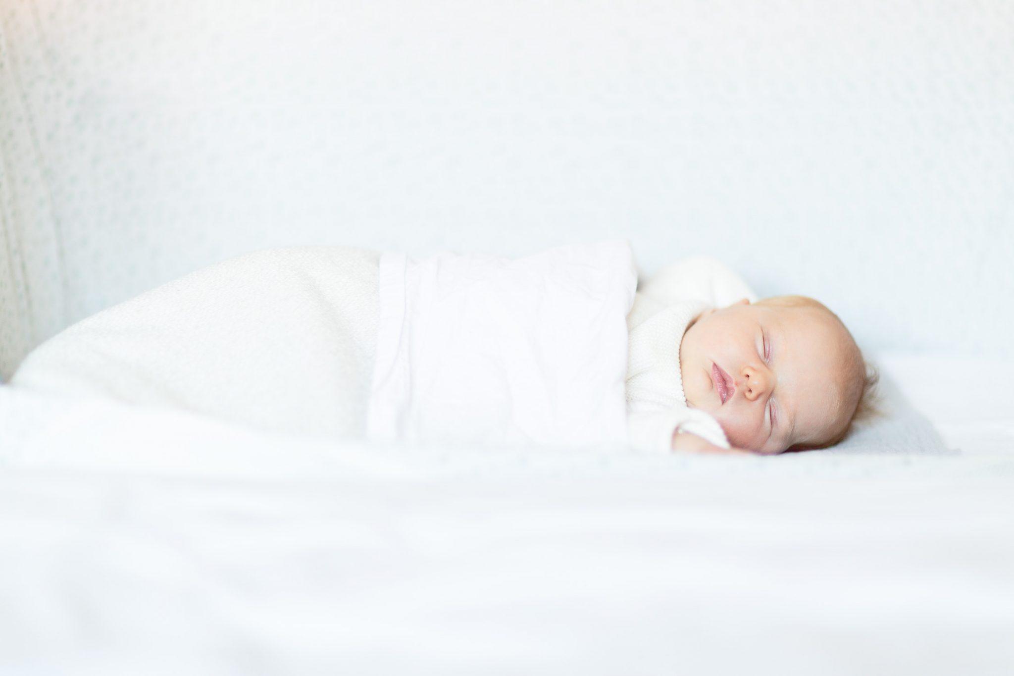 Newborn lifestyle reportage: Lize